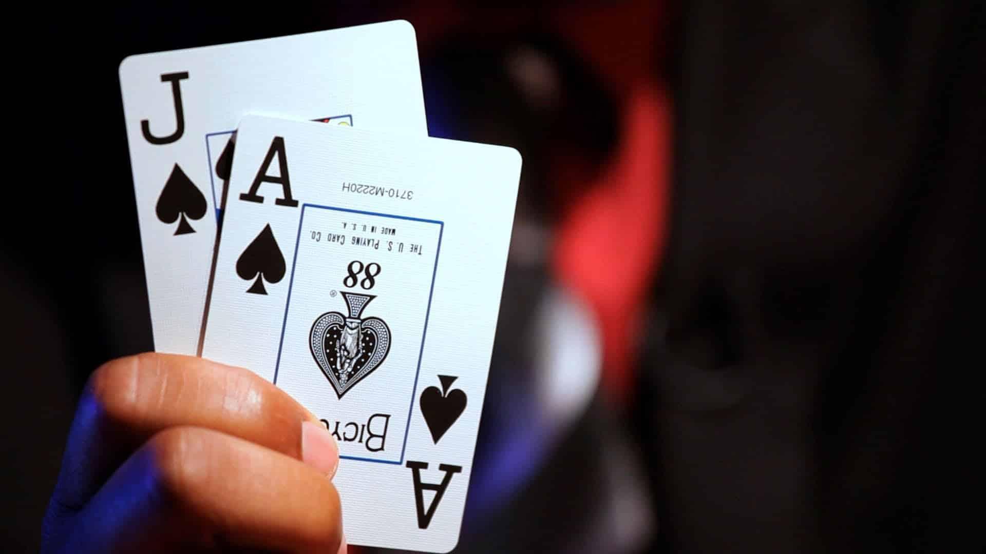 Blackjack: pourquoi et comment renforcer son niveau?